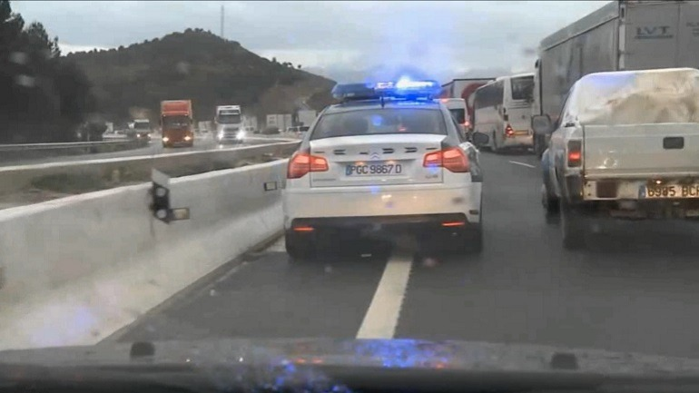 Coche patrulla de la Agrupación de Tráfico de la Guardia Civil