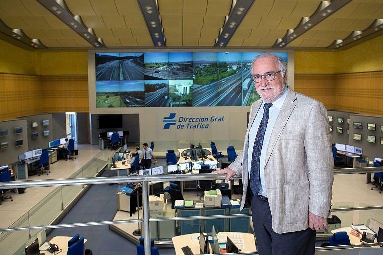 Pere Navarro Olivella en el Centro de Gestión de Tráfico de la DGT en Madrid